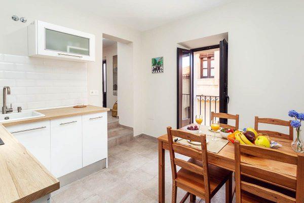 201-roomy-family-cocina